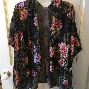 Cejon Rose Kimono